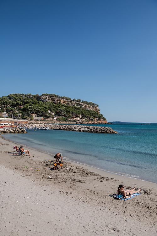 La Côte Bleue : plage des Tamaris