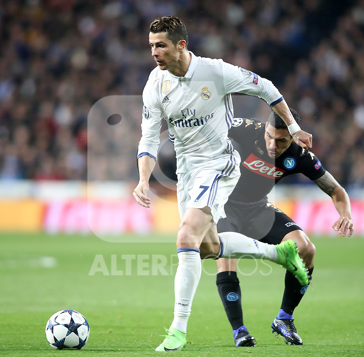 Real Madrid's Cristiano Ronaldo (l) and SSC Napoli's Allan during Champions League 2016/2017 Round of 16 1st leg match. February 15,2017. (ALTERPHOTOS/Acero)