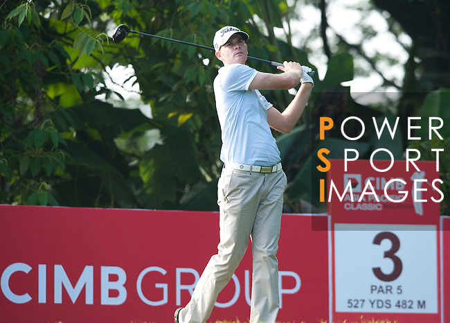 Brendan Steele tees off at the third hole on Round 2 of the CIMB Asia Pacific Classic 2011.  Photo © Andy Jones / PSI for Carbon Worldwide