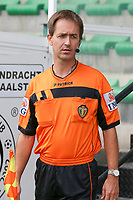 First assistant referee Robby Keuleers pictured before a female soccer game between Eendracht Aalst and Dames Club Brugge YLA on the first matchday of the 2020 - 2021 season of Belgian Women's SuperLeague , friday 28 of August 2020  in Aalst , Belgium . PHOTO SPORTPIX.BE | SPP | SEVIL OKTEM
