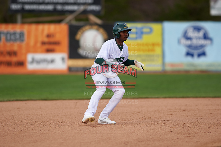 Beloit Snappers Lester Madden (14) during a Midwest League game against the Lake County Captains at Pohlman Field on May 6, 2019 in Beloit, Wisconsin. Lake County defeated Beloit 9-1. (Zachary Lucy/Four Seam Images)