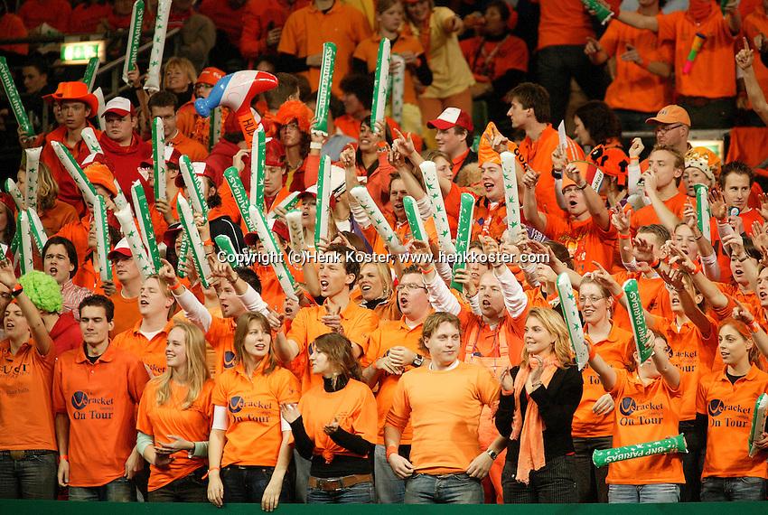 10-2-06, Netherlands, tennis, Amsterdam, Daviscup.Netherlands Russia, Dutch supporters