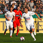 10.08.2019, Donaustadion, Ulm, GER, DFB Pokal, SSV Ulm 1846 Fussball vs 1. FC Heidenheim, <br /> DFL REGULATIONS PROHIBIT ANY USE OF PHOTOGRAPHS AS IMAGE SEQUENCES AND/OR QUASI-VIDEO, <br /> im Bild Johannes Reichert (Ulm, #5) leitet einen Konter ein<br /> <br /> Foto © nordphoto / Hafner
