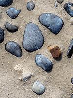 Kieselsteine am Nordstrand der Düne, Insel Helgoland, Schleswig-Holstein, Deutschland, Europa<br /> pebbles at northern beach of the dune, Helgoland island, district Pinneberg, Schleswig-Holstein, Germany, Europe