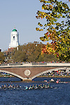 Boston, Rowers on the Charles River beneath the Weeks Footbridge, Harvard University, 2006 Head of the Charles Regatta, Cambridge, Massachusetts, USA. Saturday October 21, 2006, Club Eights Men,