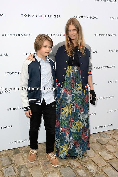 Malgosia BELA et son fils Jozef - Tommy X Nadal Event - Tommy Hilfinger - Paris 18 mai 2016 - FRANCE