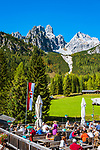 Oesterreich, Salzburger Land, Pongau, Filzmoos: Oberhofalm vor dem Dachsteingebirge, Grosse und Kleine Bischofsmuetze | Austria, Salzburger Land, Pongau, Filzmoos: mountain inn Oberhofalm and Dachstein Mountain Range with Bischofsmuetze mountain
