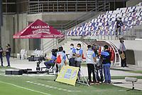 BARRANQUIILLA - COLOMBIA, 08-09-2020: Aspecto del personal logístico previo al partido de ida por la SuperLiga Águila 2020 entre Atlético Junior y América de Cali jugado en el estadio Metropolitano Roberto Meléndez de la ciudad de Barranquilla. / Aspect of the logistics staff prior a first leg match as part of SuperLiga Aguila 2020 between Atletico Junior and America de Cali played at Romelio Martinez stadium in Barranquilla city.  Photo: VizzorImage / Jairo Cassiani / Cont