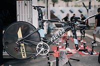 Team AG2R-La Mondiale making sure everything will run smoothly as much is at stake for Romain Bardet who's sitting in 2nd place overall...<br /> <br /> 104th Tour de France 2017<br /> Stage 20 (ITT) - Marseille › Marseille (23km)