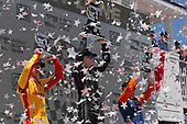 Josef Newgarden, Team Penske Chevrolet, Ryan Hunter-Reay, Andretti Autosport Honda, Scott Dixon, Chip Ganassi Racing Honda celebrate on the podium