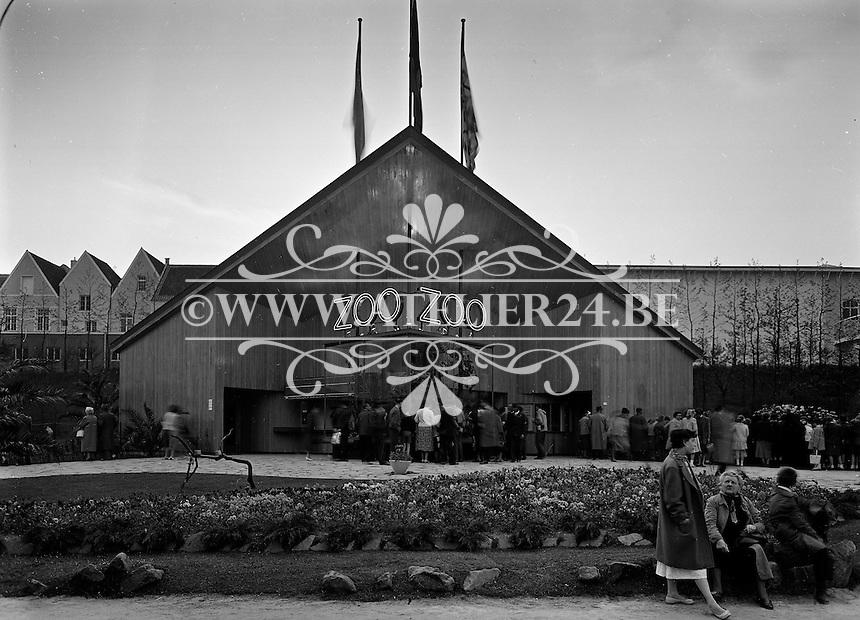 Wereldtentoonstelling in Brussel in 1958. Paviljoen Zoo van Antwerpen.