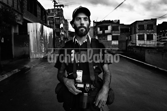 Alexis Demarco.They are all between their  20's and 30's. They like to call themselves Kamikazes, and they are the new generation of street photo journalists of Bolivia. In a country where photographers are extremely poorly paid, no one can image that this army of young guys and girls are always ready to risk their lives running behind they care most: a good picture telling a news.<br /> Thought the new eyes of this young generation, our photographer and friend in La Paz, French born Cristian Lombardi shows the impacting reality of this South American mostly indigenous nation. In a patient work, Lombardi edited thousands of frames to show as a glimpse of what these new young eyes are watching.