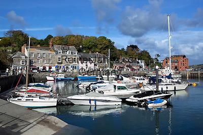 Great Britain, England, Cornwall, Padstow: Fishing Harbour and marina | Grossbritannien, England, Cornwall, Padstow: Fischerdorf mit kleinem Yachthafen