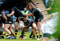 Photo: Richard Lane/Richard Lane Photography. Wasps v Leicester Tigers. Anglo-Welsh Cup. 04/02/2018. Wasps' Craig Hampson passes.