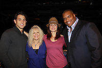 11-06-11 Busted by Florencia Lozano posing with cast - Ringgold & Platt & Ilene Kristen came