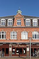 Restaurant Café Gustav auf dem Store Torv in Rønne, Insel Bornholm, Dänemark, Europa<br /> Restaurant Café Gustav at Store Torv, Roenne, Isle of Bornholm, Denmark