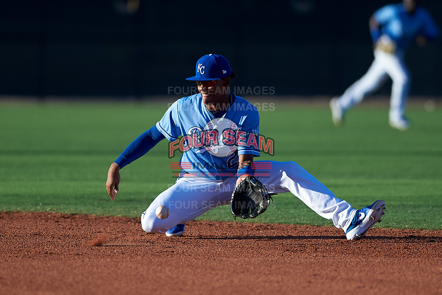 AZL Royals second baseman Herard Gonzalez (2) fields a ground ball during an Arizona League game against the AZL Brewers Blue at Surprise Stadium on June 18, 2019 in Surprise, Arizona. AZL Royals defeated AZL Brewers Blue 12-7. (Zachary Lucy/Four Seam Images)