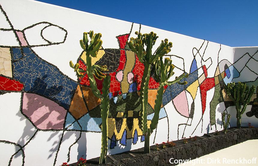 Wohnhaus von Cesar Manrique in Taro de Tahiche, Wandbild im Garten, Lanzarote, kanarische Inseln, Spanien