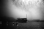 Fireworks during the Shirahama Ama Festival, in Chiba.<br /> <br /> Feux d'artifice pendant le festival Shirahama Ama, à Chiba. Japon.