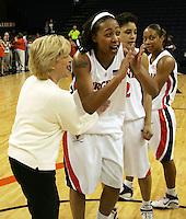 Virginia women's basketball player Lyndra Littles.