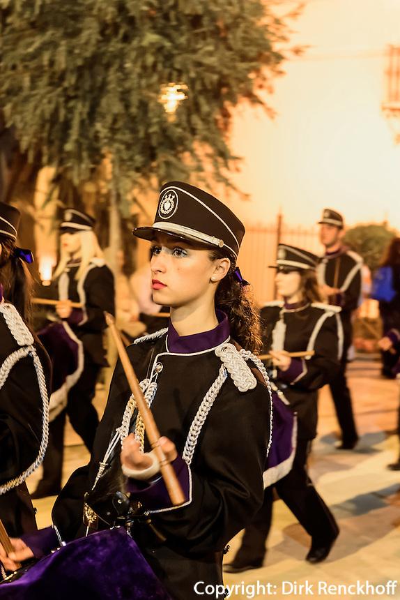 Bruderschaft Paso Morado bei  der Karfreitagsprozession der Semana Santa (Karwoche) in Lorca,  Provinz Murcia, Spanien, Europa