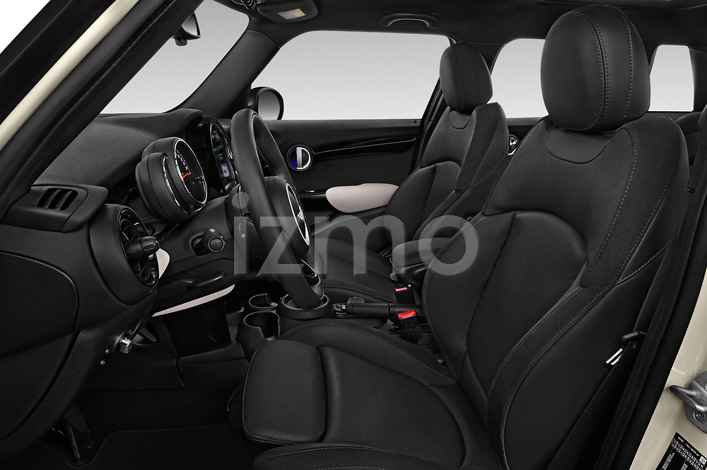 Front seat view of a 2018 Mini MINI Cooper S Chilli 5 Door Hatchback front seat car photos