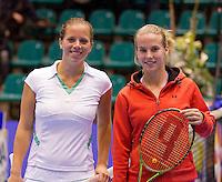 16-12-10, Tennis, Rotterdam, Reaal Tennis Masters 2010,   Richel Hogenkamp  en Nicolette van Uitert(L)