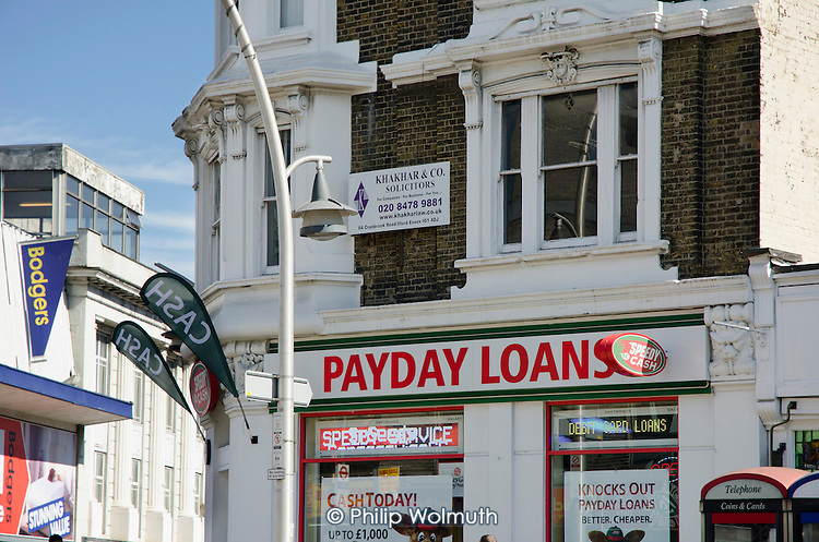 Payday Loans shop in Ilford, Essex.