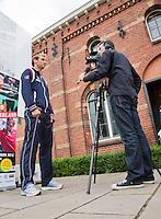 12-09-12, Netherlands, Amsterdam, Tennis, Daviscup Netherlands-Swiss, Press-conference Netherlands, Jan Willem de Lange interviewd Thiemo de Bakker