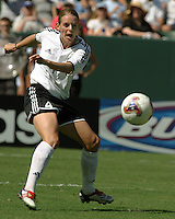 Nia Kuenzer, Germany vs. Sweden in the 2003 WWC Finals. Germany won 2-1.
