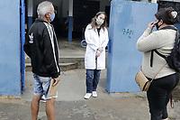 """Campinas (SP), 22/06/2021 - Covid-19/Vacinacao - A cidade de Campinas (SP) suspendeu temporariamente, o agendamento da vacina contra a Covid-19. A Secretaria Municipal de Saude informou que a reabertura ocorrera quando """"a cidade receber novas doses do imunizante"""", mas nao indicou uma previsao. A interrupcao ocorreu apenas tres horas apos a liberacao da agenda para pessoas com mais de 43 anos, na segunda-feira (21). Vacinacao de pessoas de 43 anos ou mais que agendaram nesta terca-feira (22) no CS da Vila Ipe. (Foto: Denny Cesare/Codigo 19/Codigo 19)"""