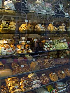 ITA, Italien, Umbrien, Assisi: typische Spezialitaeten (Suesswaren) der Region | ITA, Italy, Umbria, Assisi: typical confectionery