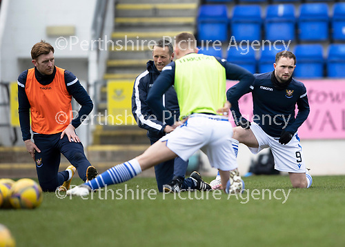 St Johnstone v Hibs …06.03.21   McDiarmid Park   SPFL<br />Chris Kane back in the staring line up pictured warming up<br />Picture by Graeme Hart.<br />Copyright Perthshire Picture Agency<br />Tel: 01738 623350  Mobile: 07990 594431