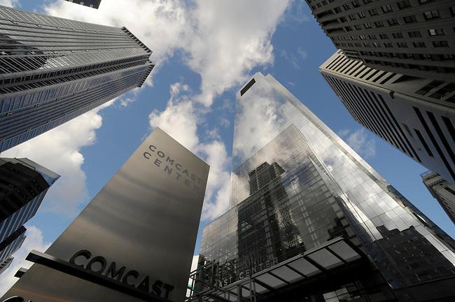 The Comcast Coprorate Headquarters building, the Comcast Center, center building, is shown here Thursday, Dec.3 ,2209 in Philadelphia, Pa. (Bradley C Bower/Bloomberg News)