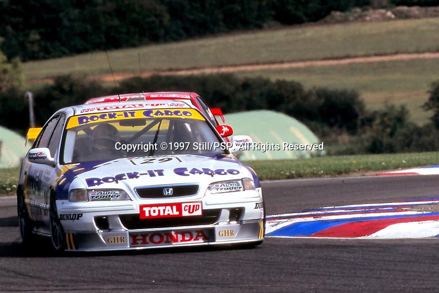 1997 British Touring Car Championship. #29 Robb Gravett (GBR). Rock-It Cargo. Honda Accord.