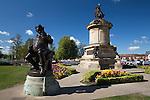 United Kingdom, England, Warwickshire, Stratford-upon-Avon: Shakespeare Monument | Grossbritannien, England, Warwickshire, Stratford-upon-Avon: Shakespeare Denkmal und die Figur Falstaff
