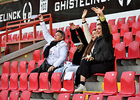 Essevee's fans and supporters pictured during a female soccer game between Zulte Waregem and the KAA Gent Ladies on the fourth matchday of the 2020 - 2021 season of Belgian Scooore Womens Super League , saturday 10 October 2020  in Waregem , Belgium . PHOTO SPORTPIX.BE | SPP | DAVID CATRY