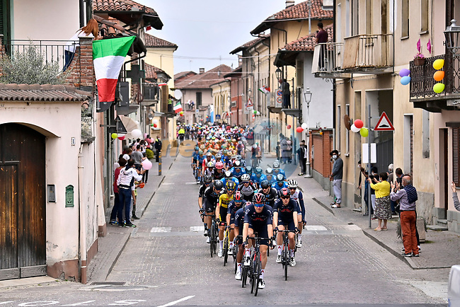 The peloton led by Ineos Grenadiers during Stage 2 of the 2021 Giro d'Italia, running 179km from Stupinigi (Nichelino) to Novara, Italy. 9th May 2021.  <br /> Picture: LaPresse/Fabio Ferrari | Cyclefile<br /> <br /> All photos usage must carry mandatory copyright credit (© Cyclefile | LaPresse/Fabio Ferrari)