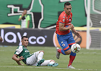PALMIRA - COLOMBIA, 01-09-2019: Christian Rivera del Cali disputa el balón con Camilo Ayala de Pasto durante partido entre Deportivo Cali y Deportivo Pasto por la fecha 9 de la Liga Águila II 2019 jugado en el estadio Deportivo Cali de la ciudad de Palmira. / Christian Rivera of Cali vies for the ball with Camilo Ayala of Pasto during match between Deportivo Cali and Deportivo Pasto for the date 9 as part Aguila League II 2019 played at Deportivo Cali stadium in Palmira city. Photo: VizzorImage / Gabriel Aponte / Staff