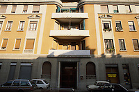 - il palazzo di via Monte Nevoso a Milano dove nell'ottobre del 1978 fu trovato il covo del gruppo terroristico Brigate Rosse (primo piano, le finestre chiuse a sinistra)....- the house in Milan, Monte Nevoso street,  where in October 1978  was found the  hideout of Red Brigades terrorist group (first floor, the windows closed left)