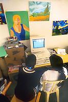 - jail for minors Beccaria, lesson of computer science in the feminine section....- carcere minorile Beccaria, lezione di informatica nella sezione femminile