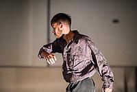 """Generalprobe der Auffuehrung """"Sieben"""" der Tanzschule """"Die Etage"""". Sieben Absolvent*innen der Tanzschule fuehren ihre Abschlussstuecke auf, ergaenzt durch weitere Choreographien zum Thema """"Die sieben Todsuenden"""".<br /> Im Bild: Die Choreographie """"Reise"""" des Absolventen Tim Vandenbroeck. Taenzer: Tim Vandenbroeck.<br /> 9.9.2020, Berlin<br /> Copyright: Christian-Ditsch.de<br /> [NUR FUER REDAKTIONELLE ZWECKE! Werbung nur auf Anfrage beim Fotografen. Inhaltsveraendernde Manipulation des Fotos nur nach ausdruecklicher Genehmigung des Fotografen. Vereinbarungen ueber Abtretung von Persoenlichkeitsrechten/Model Release der abgebildeten Person/Personen liegen nicht vor. NO MODEL RELEASE! Don't publish without copyright Christian-Ditsch.de, Veroeffentlichung nur mit Fotografennennung, sowie gegen Honorar, MwSt. und Beleg. Konto: I N G - D i B a, IBAN DE58500105175400192269, BIC INGDDEFFXXX, Kontakt: post@christian-ditsch.de<br /> Bei der Bearbeitung der Dateiinformationen darf die Urheberkennzeichnung in den EXIF- und  IPTC-Daten nicht entfernt werden, diese sind in digitalen Medien nach §95c UrhG rechtlich geschuetzt. Der Urhebervermerk wird gemaess §13 UrhG verlangt.]"""