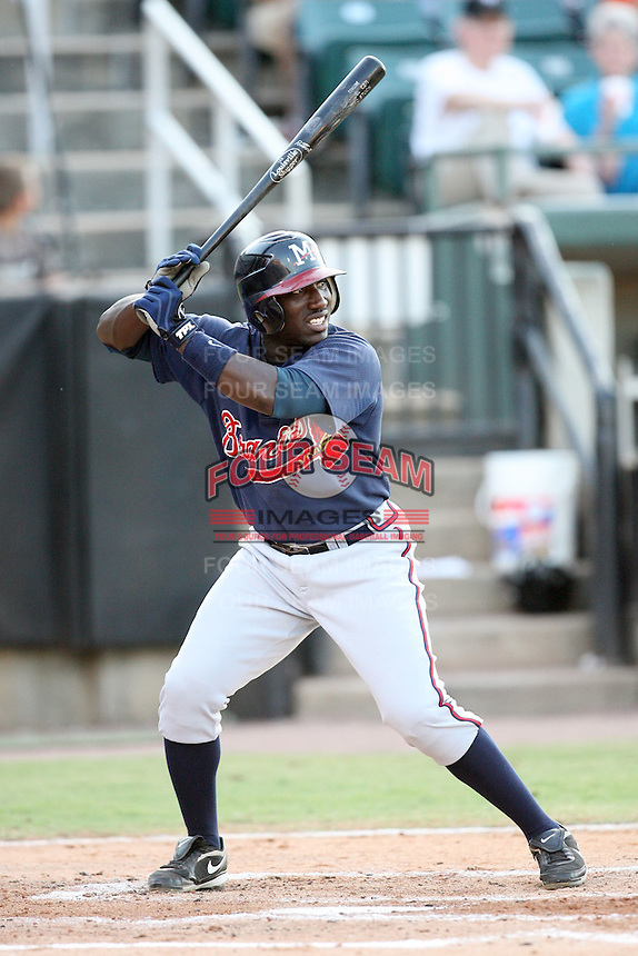 July 2, 2009: Mississippi Braves infielder Travis Jones (4) at Pringles Park in Jackson, TN. The Mississippi Braves are the Southern League AA affiliate of the Atlanta Braves. Photo by: Chris Proctor/Four Seam Images