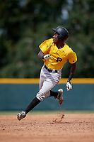 Pittsburgh Pirates Oneil Cruz (7) running the bases during an Instructional League intrasquad black and gold game on October 6, 2017 at Pirate City in Bradenton, Florida.  (Mike Janes/Four Seam Images)