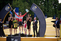 André Greipel (DEU/Lotto-Soudal) is King of the sprinters and the Champs Elysées. He shares the podium with his daughters.<br /> <br /> stage 21: Sèvres - Champs Elysées (109km)<br /> 2015 Tour de France