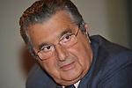 """CARLO DE BENEDETTI<br /> PRESENTAZIONE LIBRO """"CENTOMILA PUNTURE DI SPILLO"""" DI CARLO DE BENEDETTI  E FEDERICO RAMPINI A RESIDENCE RIPETTA ROMA 102008"""