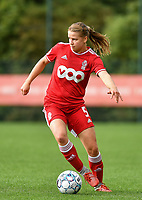 Aster Janssens (5) of Standard in action during a female soccer game between Standard Femina de Liege and Eendracht Aalst dames on the fourth matchday in the 2021 - 2022 season of the Belgian Scooore Womens Super League , Saturday 11 th of September 2021  in Angleur , Belgium . PHOTO SPORTPIX   BERNARD GILLET