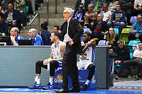 Trainer Gordon Herbert (Fraport Skyliners) mit Mahir Agva (Fraport Skyliners) und AJ English (Fraport Skyliners) - 12.03.2017: Fraport Skyliners vs. Basketball Löwen Braunschweig, Fraport Arena Frankfurt