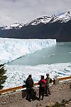 Argentina,  Patagonia, El Calafate: Perito Moreno Glacier on Lago Argentino | Argentinien, Patagonien, El Calafate: Perito Moreno Gletscher am Lago Argentino
