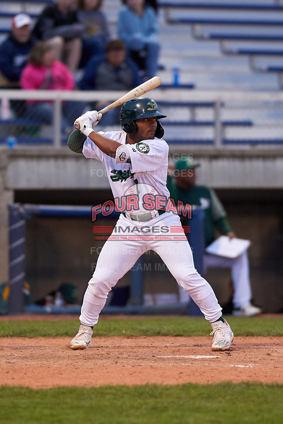 Beloit Snappers third baseman Cobie Vance (7) during a Midwest League game against the Lake County Captains at Pohlman Field on May 6, 2019 in Beloit, Wisconsin. Lake County defeated Beloit 9-1. (Zachary Lucy/Four Seam Images)